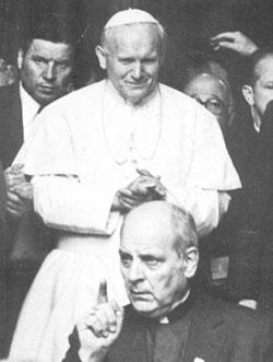 Jean-Paul II et Mgr Marcinkus